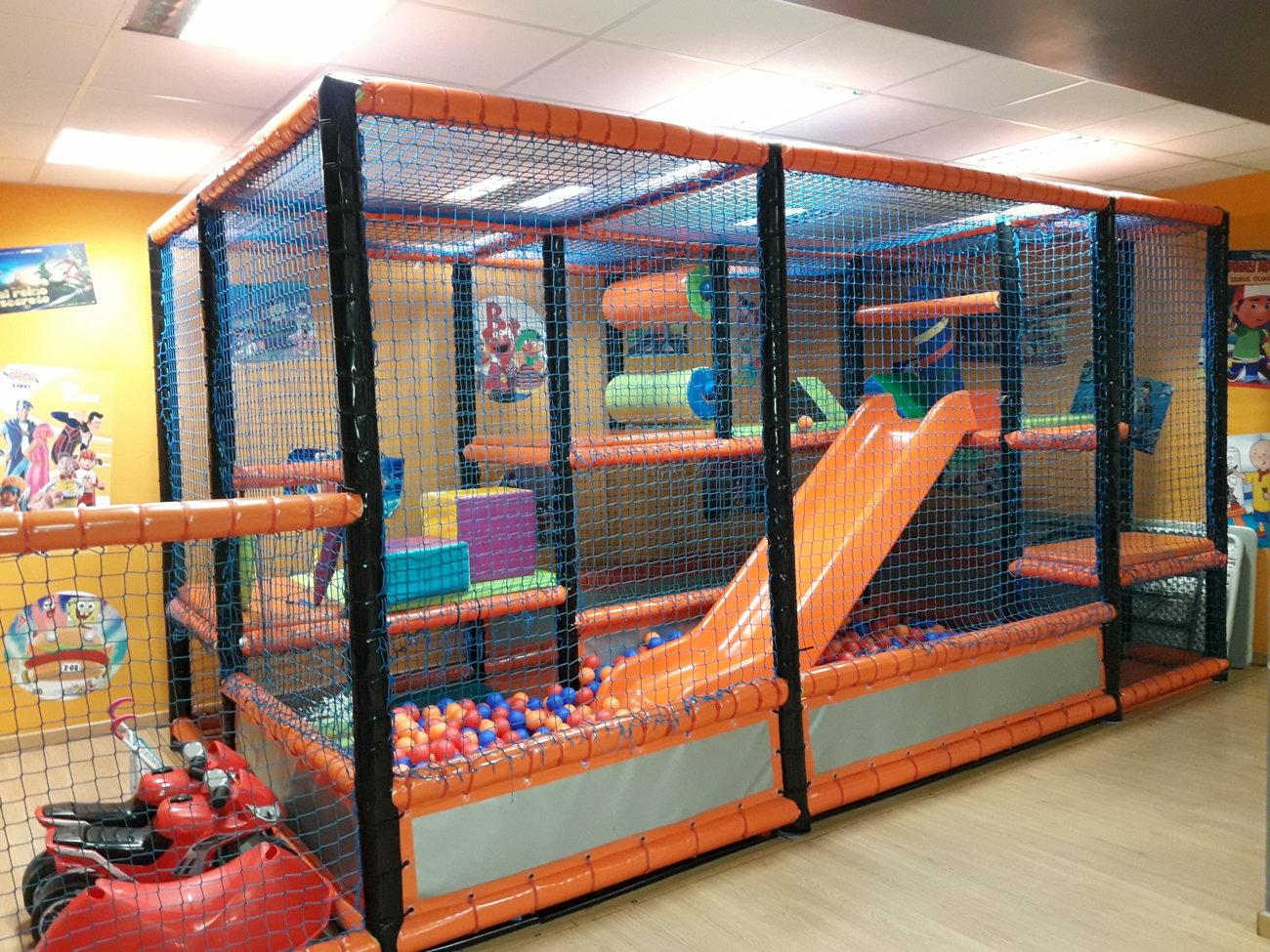festes infantils amb parc de boles horta guinardo