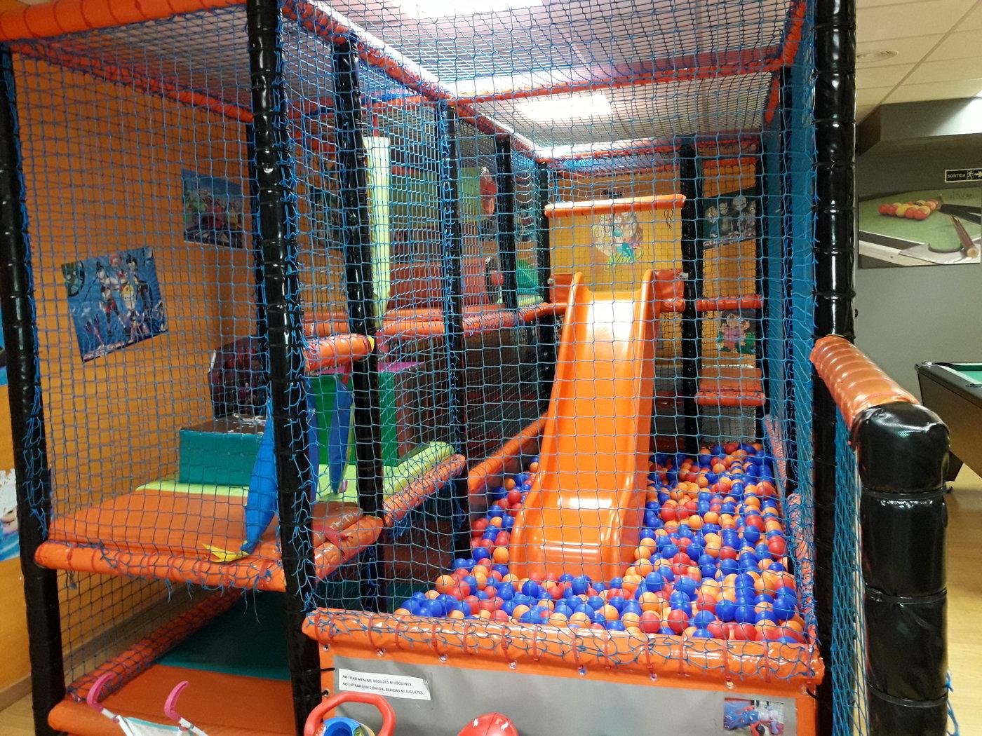 parque infantil en horta guinardo