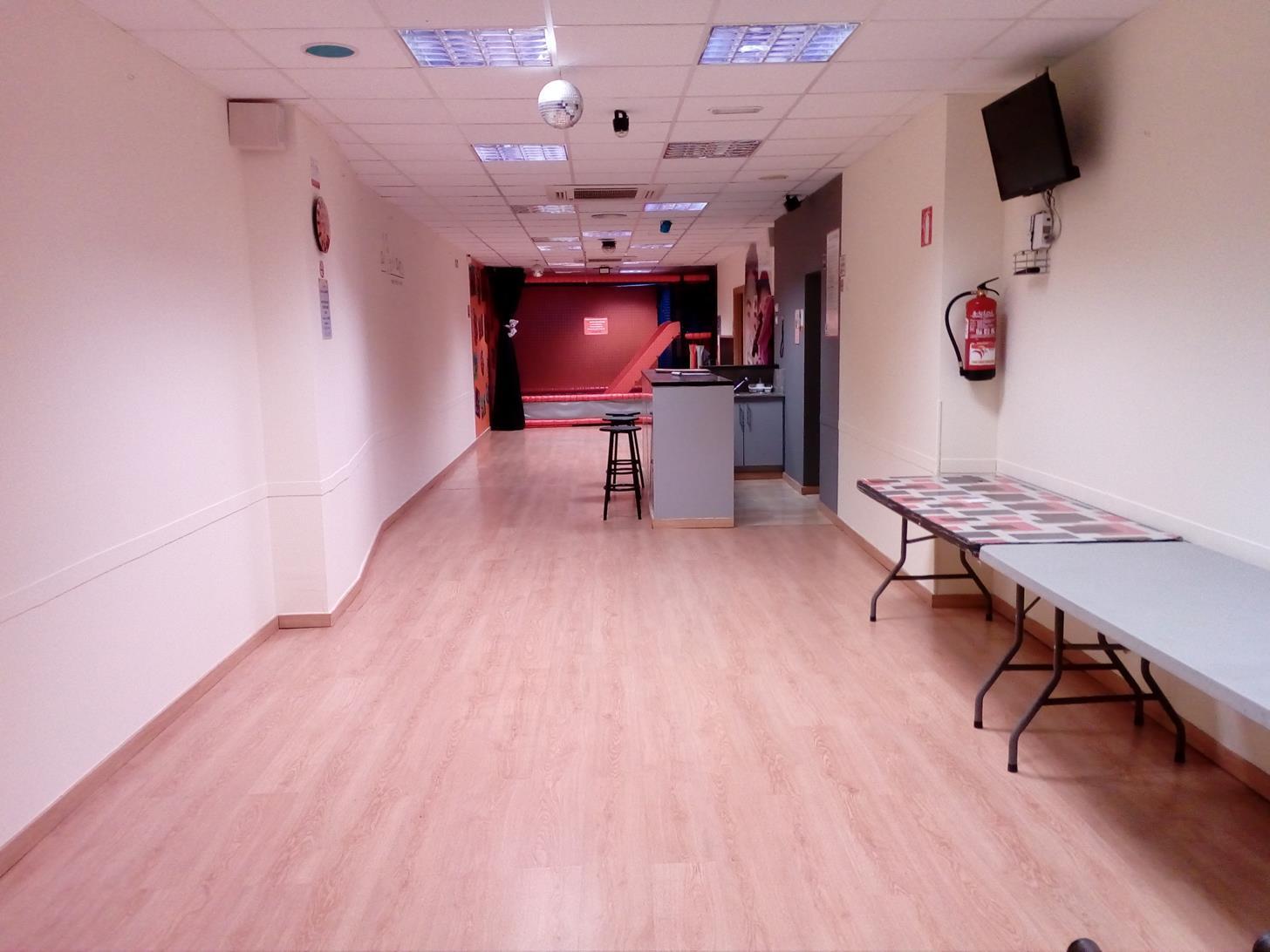 sala para fiestas en sant marti