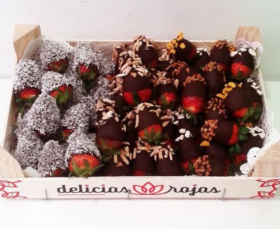 Caja de fresas con choco